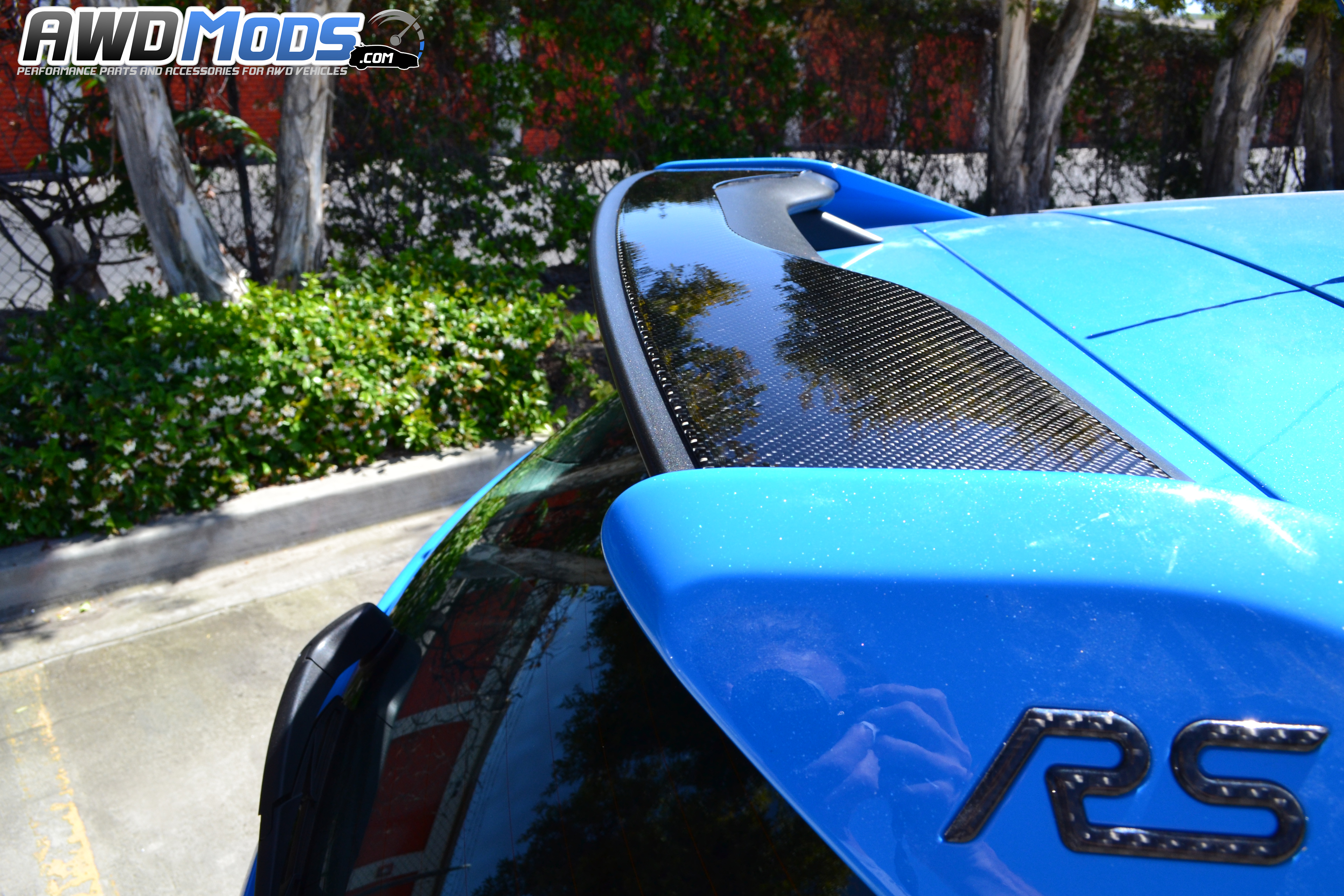 rs tufskinz peel stick carbon fiber rear wing accent kit for the ford focus